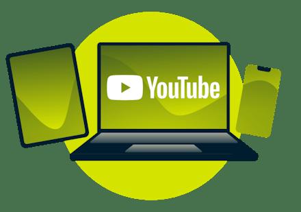 Un ordinateur portable, une tablette et un téléphone avec le logo YouTube.
