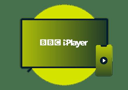 BBC iPlayer logosu bulunan bir laptop ve telefon.